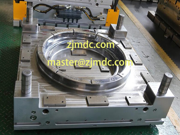 manhole cover mould